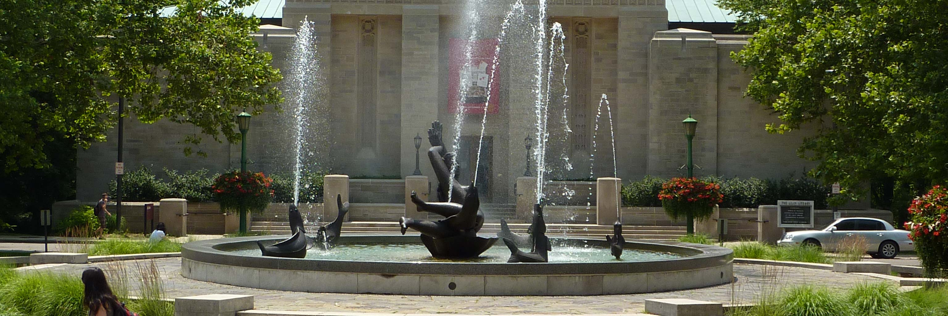 Showalter fountain on Indiana University campus